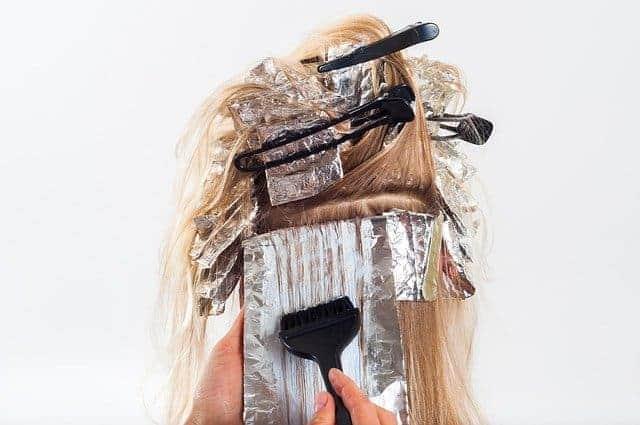 cabello al teñir
